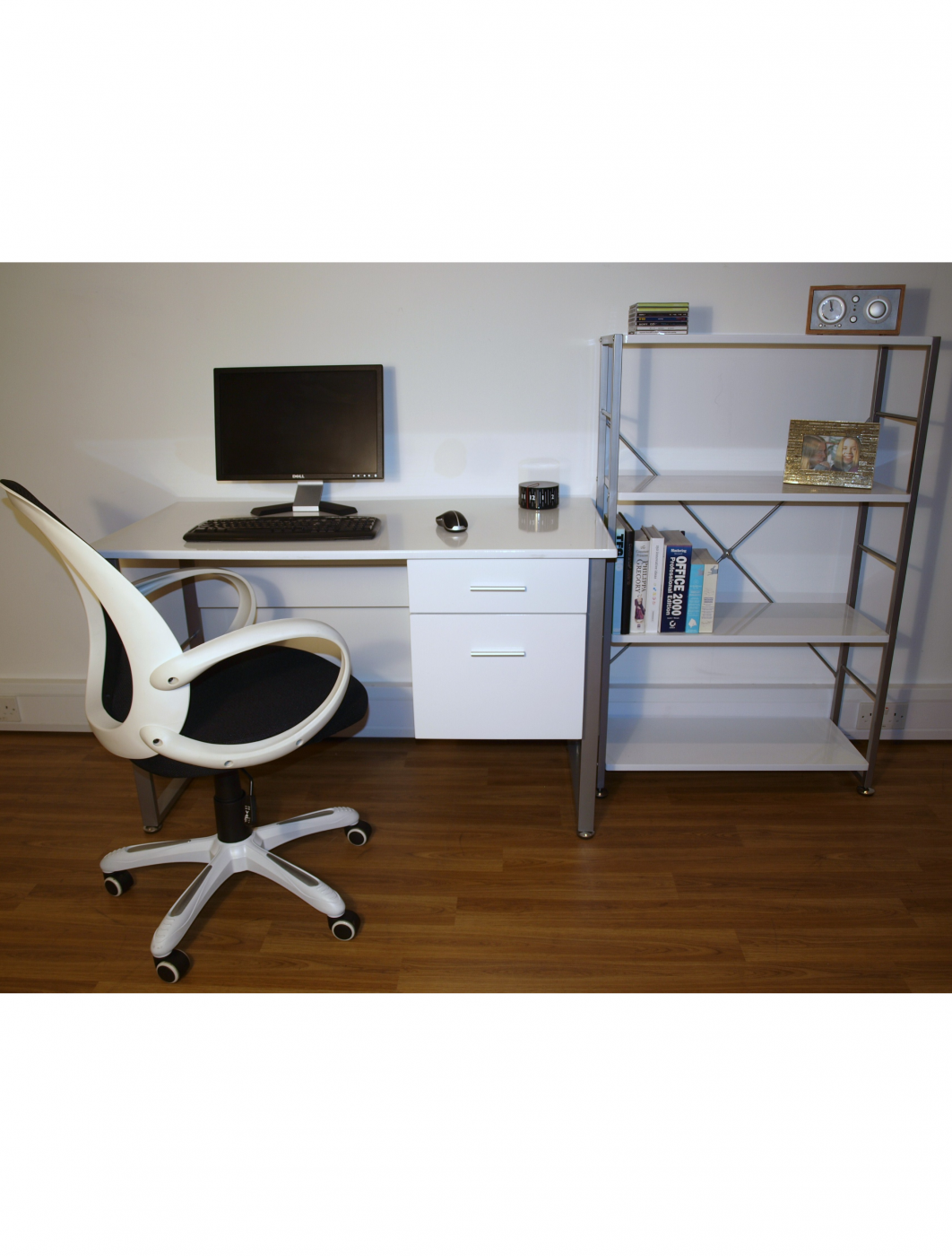 Simple Sinetica Tao Office Desking Northern Ireland NI Contract Furniture